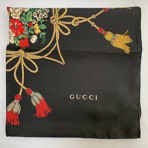 Gucci Floral and Tassel-print Silk Shawl in Black